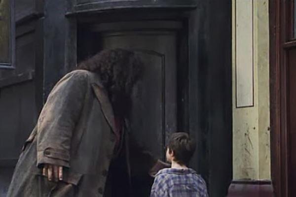 Harry-Potter-Londres-caldero-chorreante-película